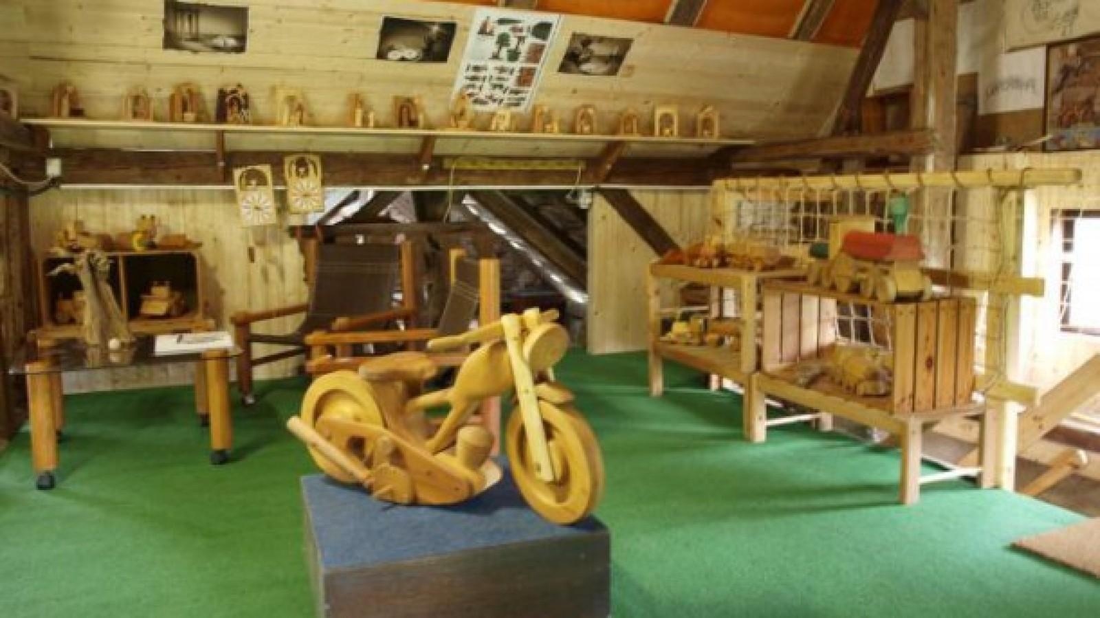 Luděk Fiala - výrobce dřevěných hraček